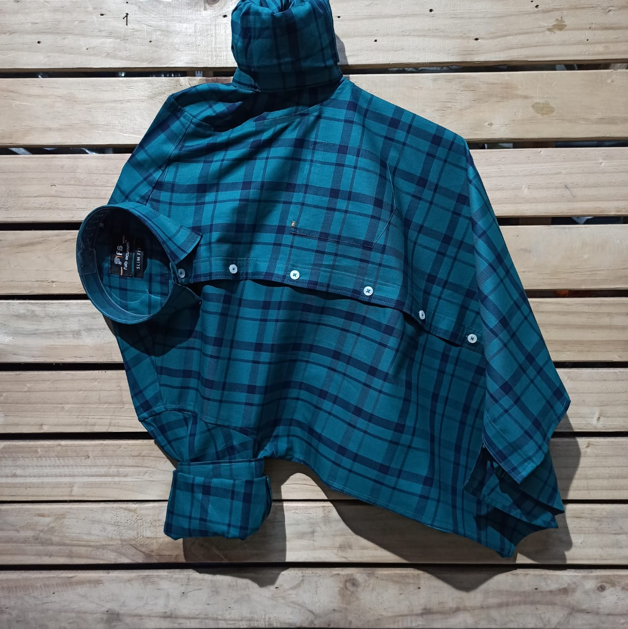 Blue & Green Slim Fit  Premium Check Casual Shirt with mask